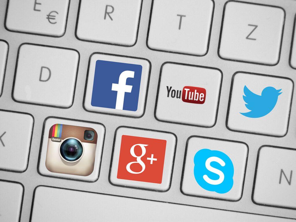 Share on Social Media - SEO for beginners